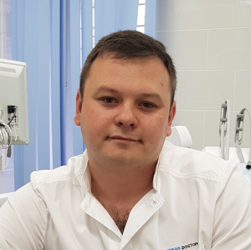 Зинетуллин Ринат Эмирович : Врач стоматолог-ортодонт