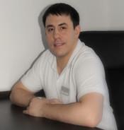 Бердецкий Роман Юрьевич : Врач стоматолог-хирург, имплантолог, ортопед